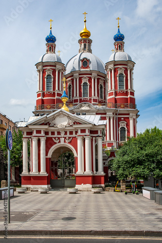 Canvas The most majestic and luxurious temple on the opposite bank of the Moscow River from the Kremlin was built in 1769 in the Baroque style and dedicated to St