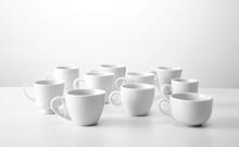 Conjunto De Diversos Modelos De Xícaras De Café Em Fundo Branco