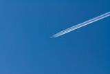 Fototapeta Na sufit - Samolot i smuga
