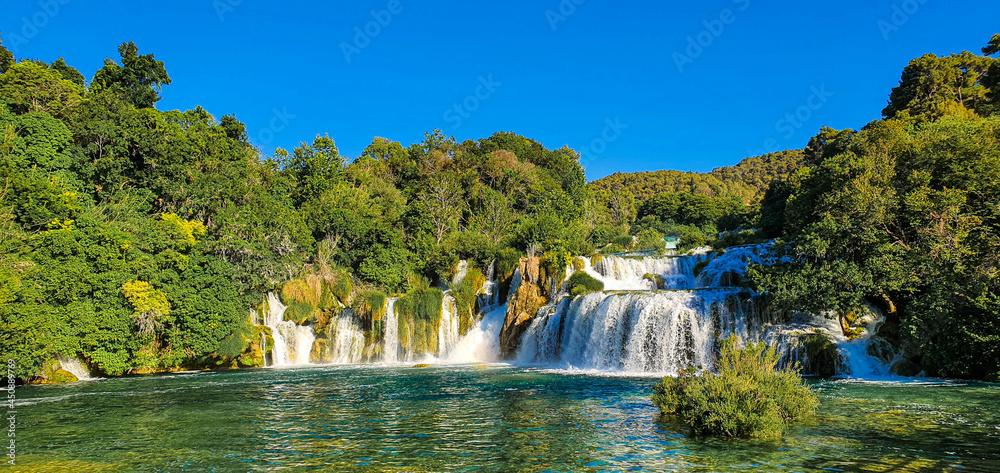 Krka Waterfalls w salonie
