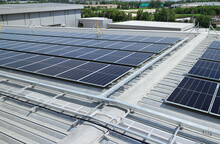 Solar PV On Warehouse Roof With Facilities