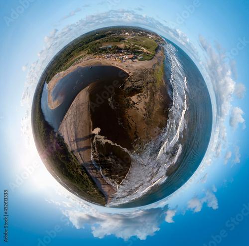 Pequeno Planeta de Porto de Sauipe, Praia, localizada a 108 km de Salvador, no município de Entre Rios, Bahia, Brasil