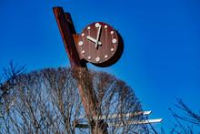 阿木川ダム湖遊歩道の時計