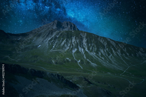 Obraz na plátně night aerial view of the mountain area of the gran sasso d'italia abruzzo
