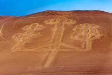 Peru, Paracas Peninsula. The Paracas Candelabra (the Candelabra Of The Andes), Prehistoric Geoglyph (Paracas Culture)