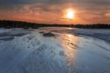 kopalnia piasku, glinki o zachodzie słońca