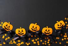 Kids Halloween Handmade Paper Pumpkins, Creative, Craft Concept