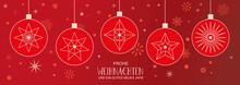 Weihnachtsdekoration Mit Christbaumkugeln Und Deutschem Text Auf Rotem Hintergrund
