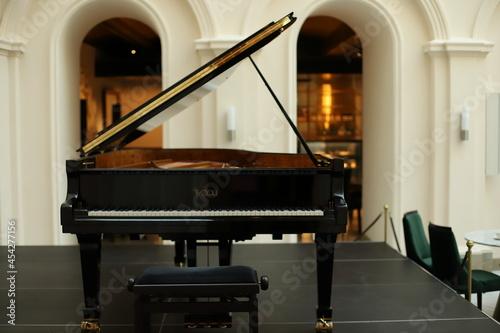 Fortepian, Instrumenty muzyczne, hobby, muzyka