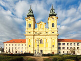 Fototapeta Londyn - Nitra, Church of Saint Ladislav in square and park, Slovakia
