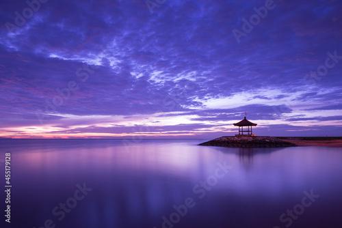 Fototapeta Gazebo viewpoint and promenade, tropical beach scene