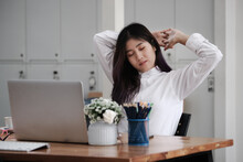 Employees Show Signs Of Boredom From Working Full Time.