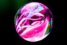 Bolas De Gude Coloridas Bolinhas De Gude Crianças Brincando Bolas De Gude Coloridas Glass Ball And Its Shadow. Bolas De Gude E Suas Sombras. Bolinhas De Vidro