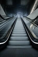 Escaleras Mecanicas Des De Abajo