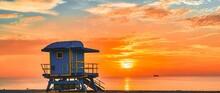 Lifeguard Tower At Sunrise Miami Travel Florida Sun Beach