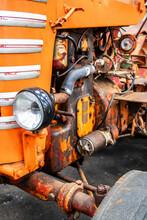 Système D'éclairage Sur Tracteur Ancien