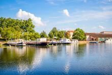 Le Port De Plaisance De Roanne