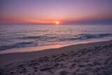 Fototapeta Fototapety z morzem do Twojej sypialni - Słońce zachodzi nad morzem tyrreńskim