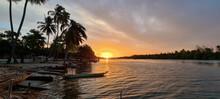 Pôr Do Sol Na Lagoa