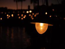 夕暮れ時の明かり