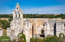 Antiguas Ruinas Del Monasterio De La Armedilla Del Siglo XV Abandonado En El Año 1835, Provincia De Segovia, España