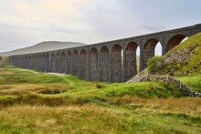 Ribblehead Viaduct On The Settle To Carlisle Railway In North Yorkshire, England