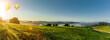canvas print picture - Panoramaansicht des Bayrischen Waldes von Perlesreut mit Heissluftballon