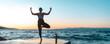 canvas print picture - junge attraktive Frau praktiziert Yoga am Meer und macht die Baum Figur
