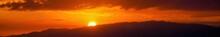 六甲山に沈む夕日の情景@大阪
