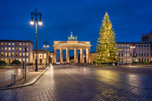 Brandenburg Gate In Winter With Christmas Tree, Berlin, Germany