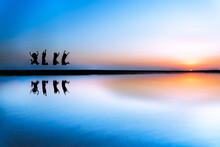 日本のウユニ塩湖と呼ばれている香川県の父母ヶ浜