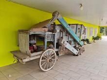 Maquina Antiga, Agronegócio, Milho, Rodas De Madeira
