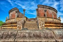 Sri Lanka, North Central Province, Polonnaruwa, Polonnaruwa Vatadage Temple
