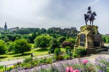 UK, Scotland, Edinburgh, Castle Rock, Soldier Monument Of The Royal Scot Greys