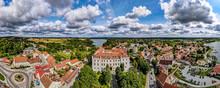 Zamek Krzyżacki W Rynie Na Mazurach W Polsce, Panorama Z Lotu Ptaka