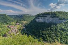 Vus Sur La Reculée De Baume Les Messieurs Depuis Le Belvédère De Granges Sur Baume, Jura