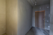 Russia, Moscow- May 03, 2020: Interior Room Apartment Rough Repair For Self-finishing. Interior Decoration, Bare Walls Of The Premises, Stage Of Construction