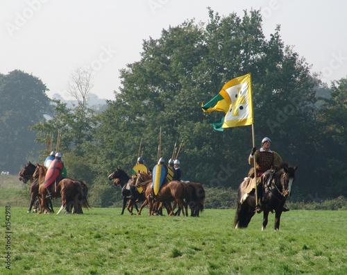 Canvas-taulu knight on horseback with pennant