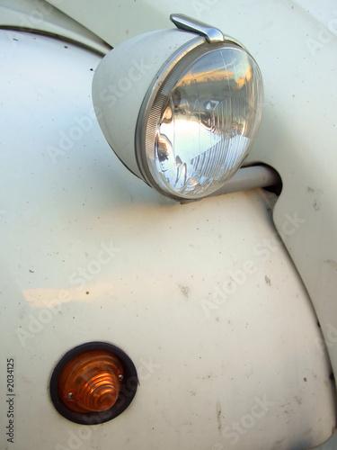 Fotografija citroen 2cv headlight