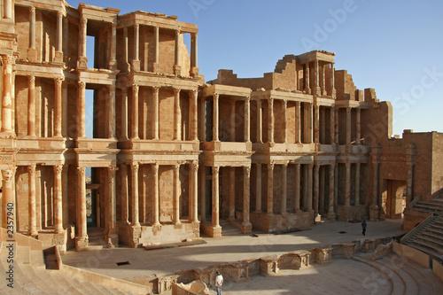 theatre antique de sabratha en libye