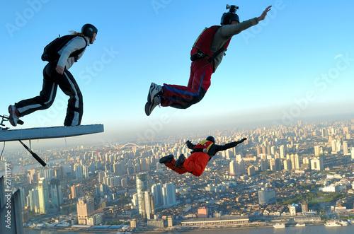 Obraz na plátně building base jump in shanghai