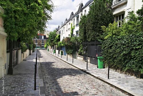 Une rue parisienne, dans le XIIIe arrondissement #3939723