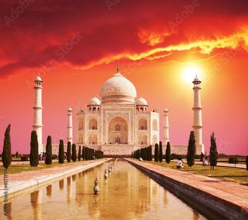 Photo Taj Mahal palace in India