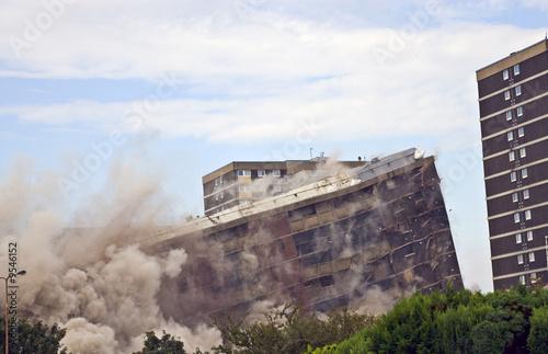 Obraz na płótnie Demolition of 1960s building in Sighthill, Edinburgh.