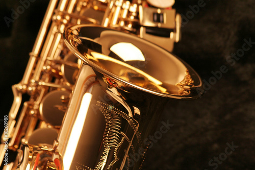 Canvas Print picture of a beautiful golden saxophone