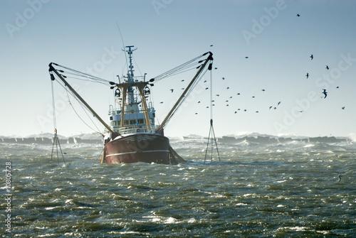 Canvastavla fishing ship