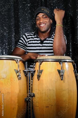 Fotografie, Obraz Latino percussionist