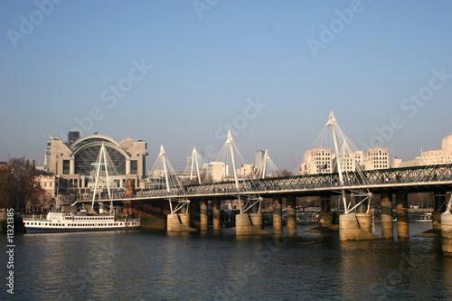 фотография Hungerford bridge over River Thames