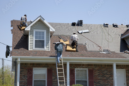 Canvas Print Roofers working