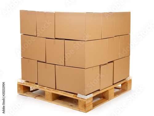Photo cardboard boxes on wooden palette